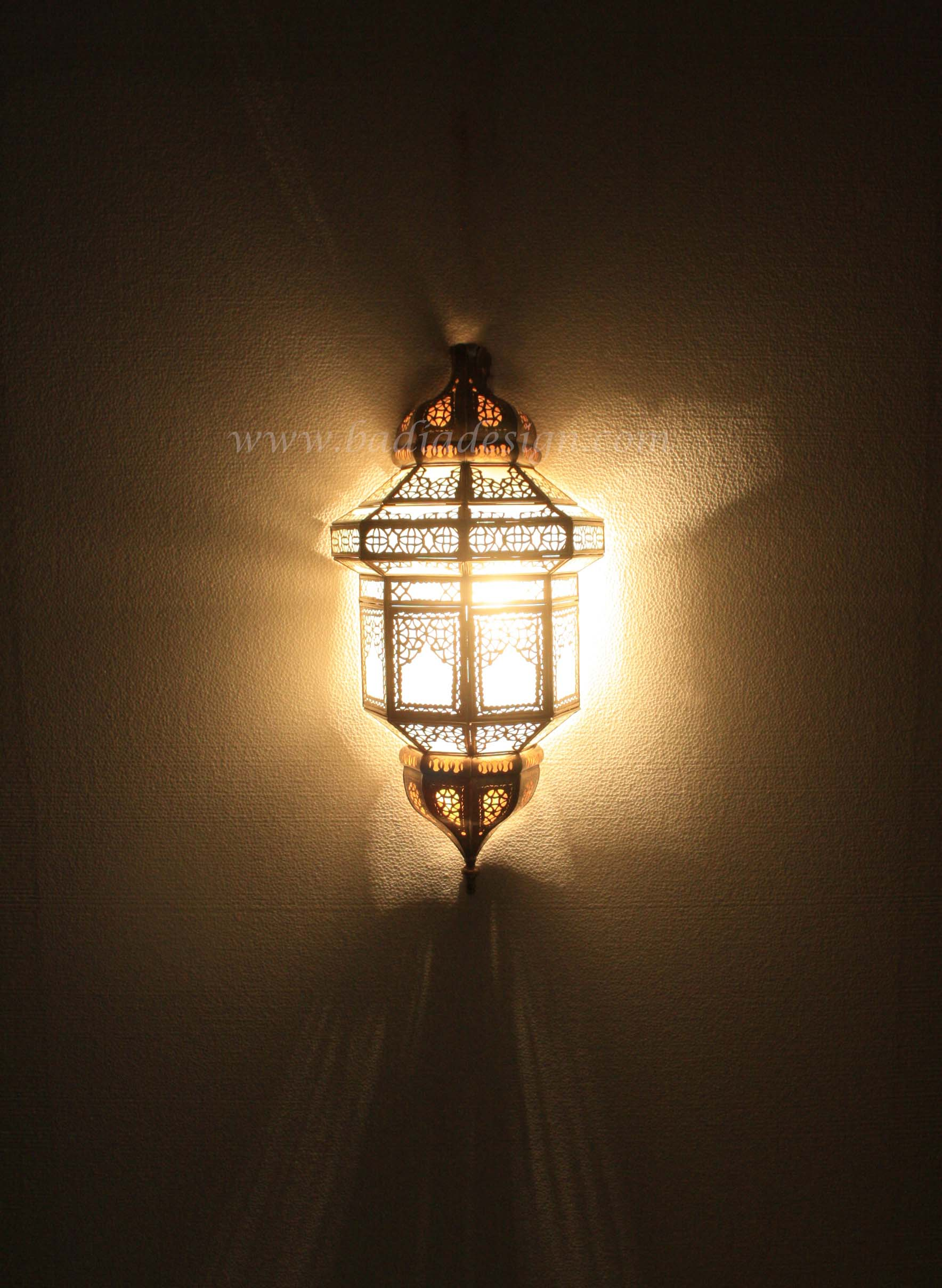 moroccan-brass-wall-sconce-wl172-1.jpg